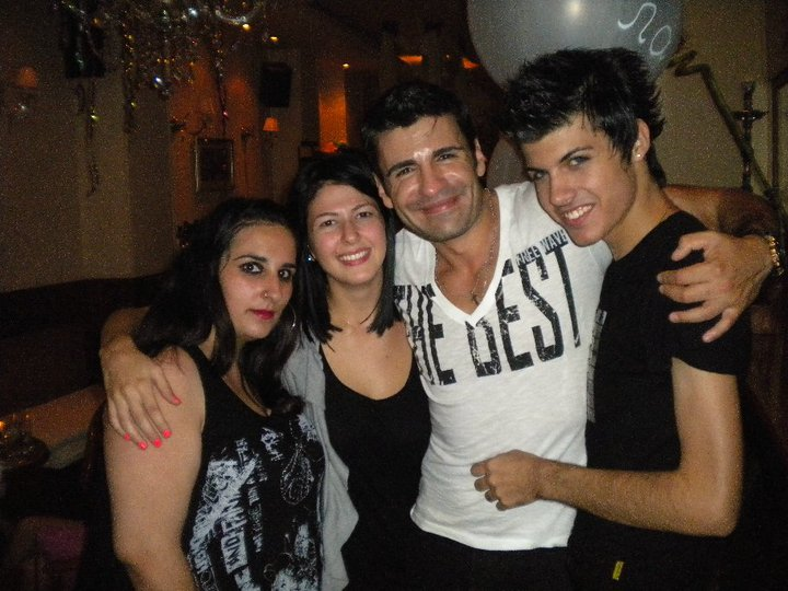 Party με τον Παναγιώτη Πετράκη από το Επίσημο Fan Club του! 23.8.2010~tralala.gr Petrakis5