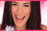 Η-Ήβη-Αδάμου-τραγουδά-για-την-Barbie