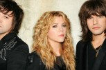 chainsaw-akouste-to-neo-single-ton-the-band-perry