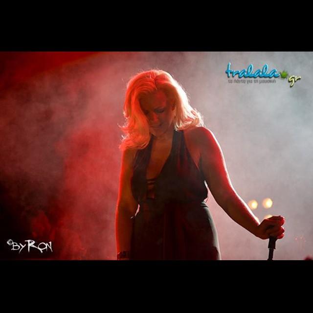 Νατάσσα Μποφίλιου: Γιόρτασε τα 10 της χρόνια στο τραγούδι με δύο συναυλίες στο Γκάζι! | Φωτορεπορτάζ