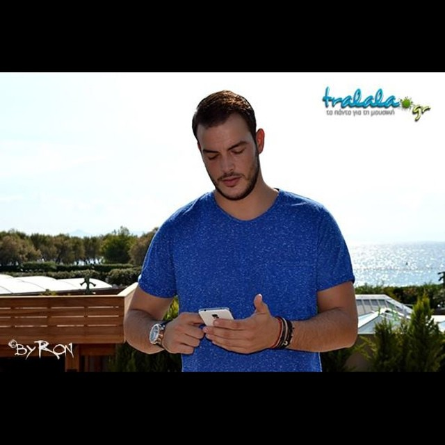 Συνέντευξη | Σάκης Αρσενίου: «Πέρασα ένα διάστημα που είχα ψωνιστεί αλλά το ξεπέρασα, προσγειώθηκα!»