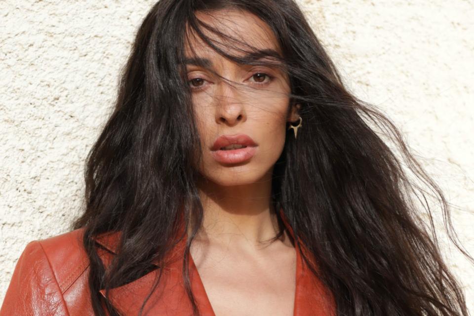 Ελένη Φουρέιρα: Τα νέα της international hits τώρα και στο YouTube!